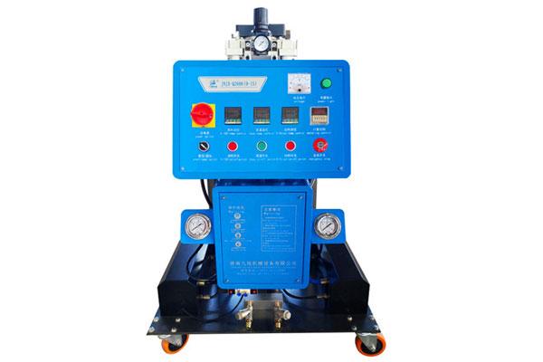 聚氨酯发泡机设备JNJX-Q2600(D-15)型