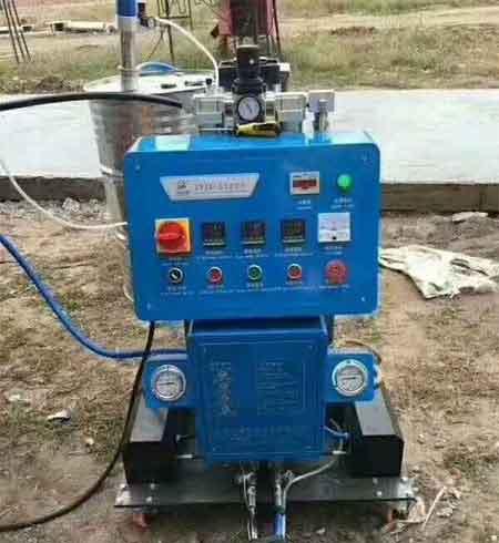 Q2600冷库保温聚氨酯发泡机