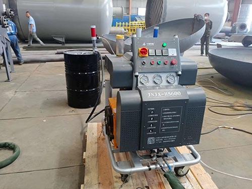H5600聚脲喷涂机彩钢瓦喷涂机