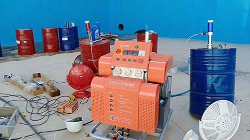 垃圾渗滤液污水池防渗聚脲防腐和喷涂机H5600型