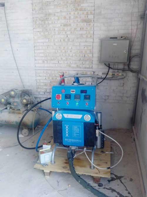 Q2600聚氨酯高压喷涂机器