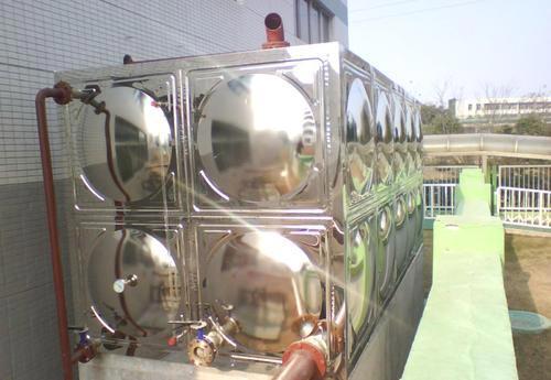太阳能热水器水箱发泡