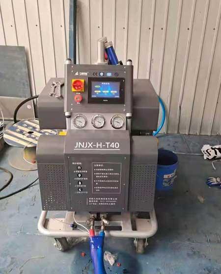 T40聚氨酯冷库保温方面的施工设备